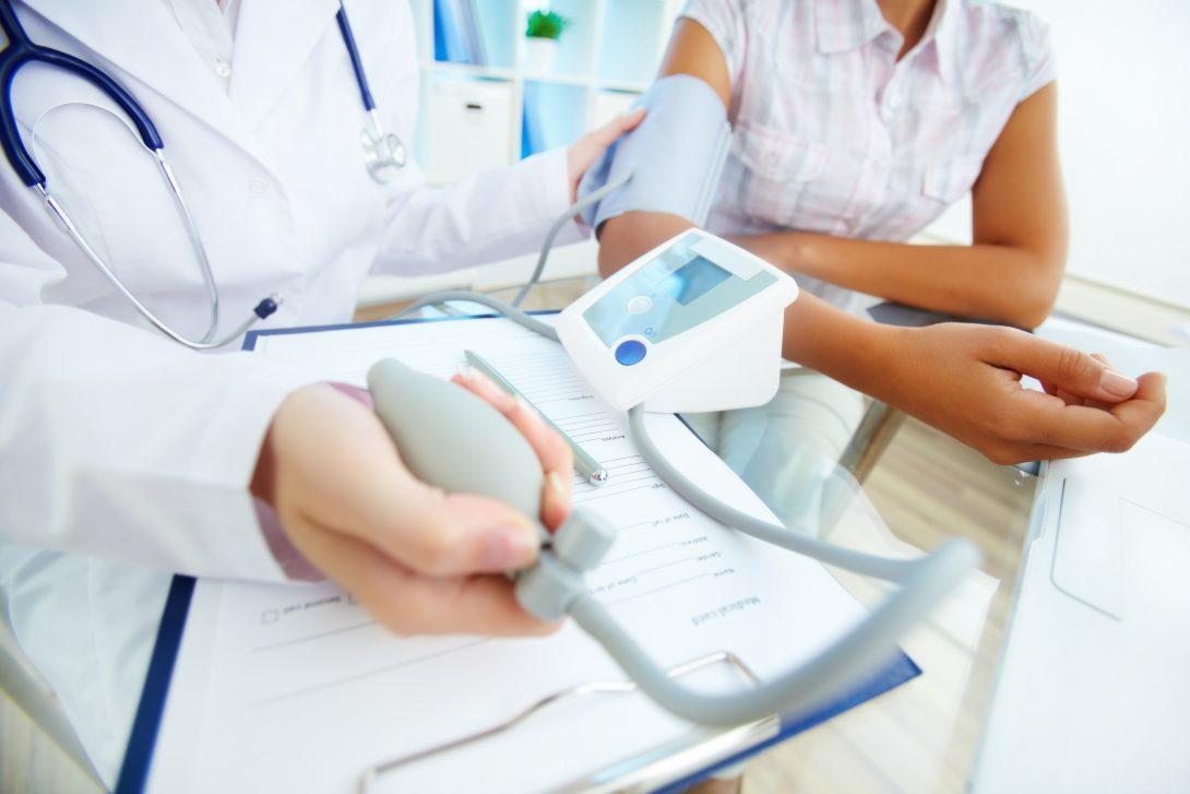 Bloeddruk verlagen gezond. Meer weten over gezond leven? Download het e-boek Gezond in 10 Stappen.