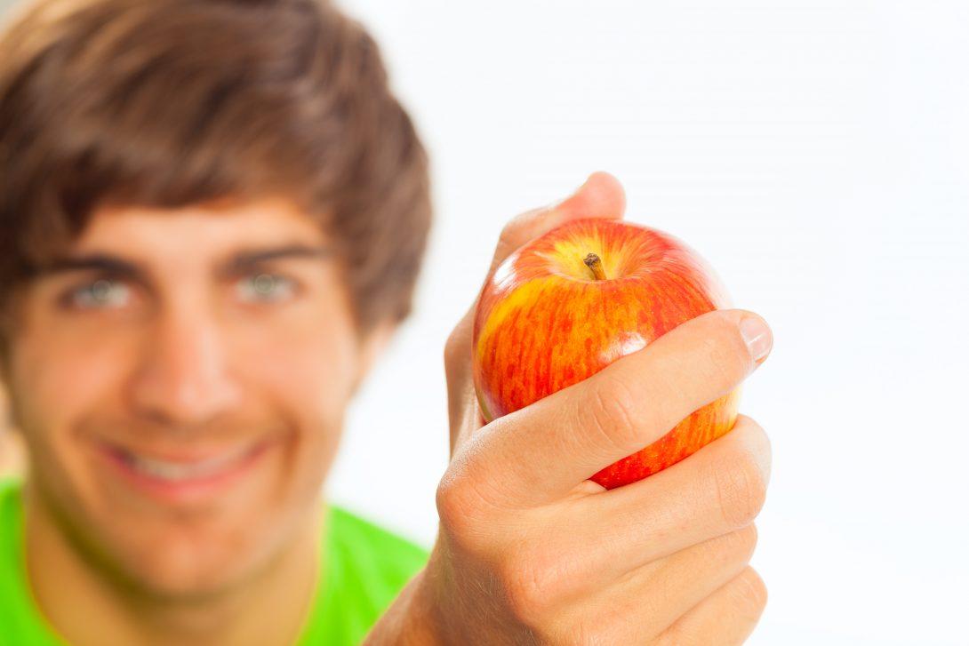 Tips voor een gezonde levensstijl. Meer weten? Download het e-boek Gezond in 10 stappen.