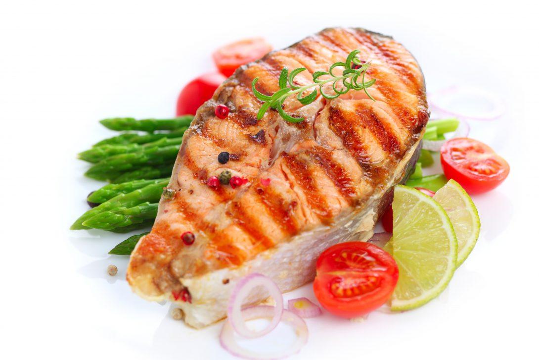 Vis, zalm. Omega 3. Koolhydraatarm eten. Meer weten? Lees het e-boek Gezond in 10 stappen.
